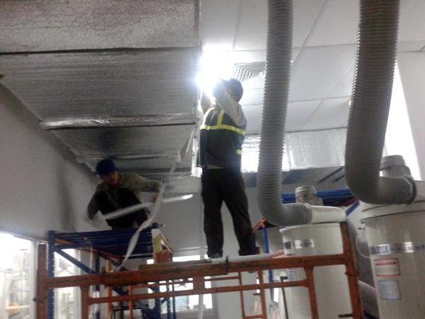 Thi công lắp đặt đường ống thông gió nhà máy panasonic